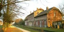 Gare de Fresnes et cavalier Somain-Peruwelz - FRESNES SUR ESCAUT - Fresnes-sur-Escaut